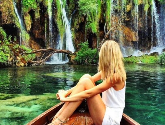 6 TRAVEL DESTINATIONS FAMOUS ON SOCIAL MEDIA